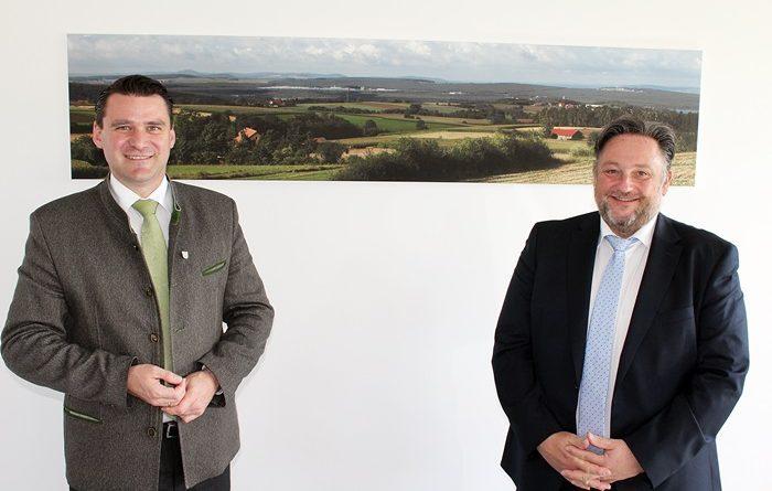 Antrittsbesuch beim Landrat Bürgermeister – Thomas Beer spricht mit Thomas Ebeling